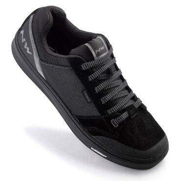 Обувки за планинско колоездене Northwave Tribe - черно